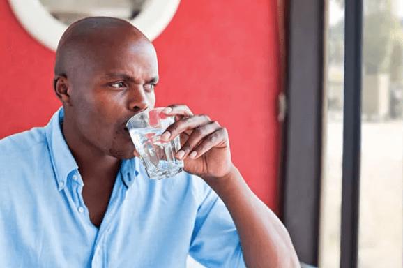 http://man%20drinking%20water